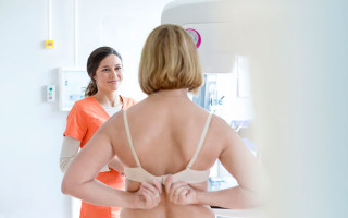 Причины и лечение прыщей на сосках у женщин и мужчин