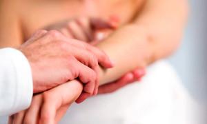 Экзема на руках — причины, симптомы, лечение