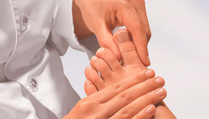 Грибок ногтей на ногах - симптомы, лечение, профилактика