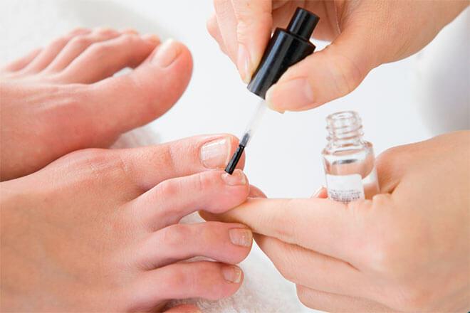Сколько стоит лак от грибка ногтей Офломил?